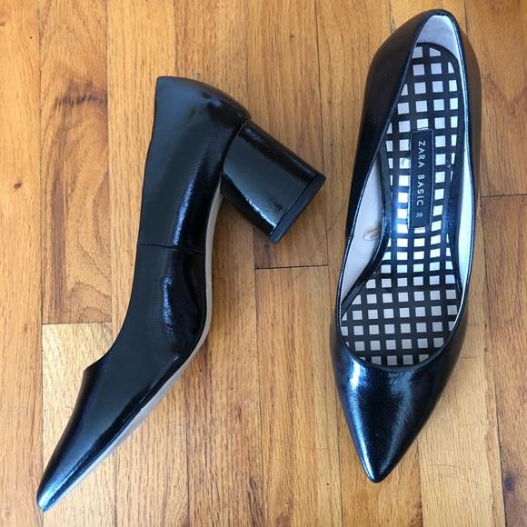 Zara Shoes - Zara black patent pumps